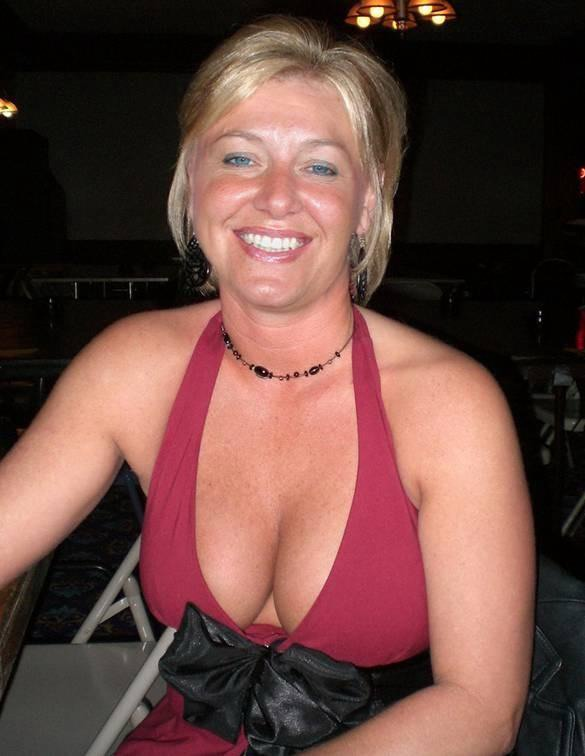 Mature nude female galleries