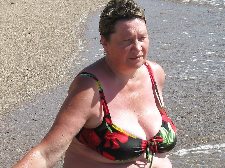 flasher bbw personals Exhibitionists uk the free uk exhibitionist forum this free forum is for flashers, exhibitionists, doggers and peepers, singles, couples and all those interested in uk exhibitionism.